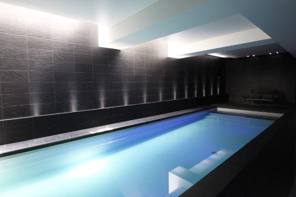 Piscinier spécialisé dans la construction de spa et piscine sur-mesure