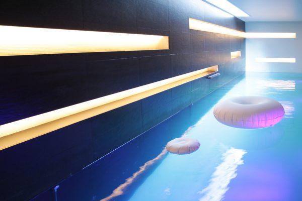 Construction de piscine haut de gamme pour votre wellness